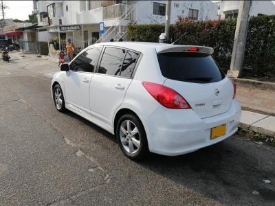 Automóviles Ventas  Nissan Tiida 2013 Automático