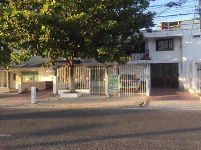 Casas Arriendos  Crespo, 7 alcobas