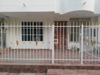 Apartamentos Arriendos  Urb Anita