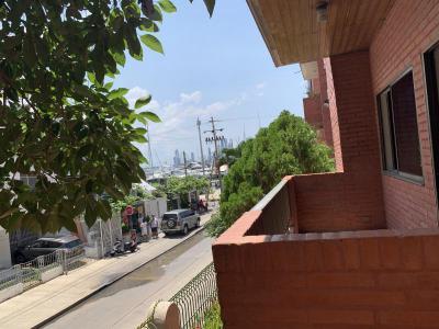 Apartamentos Arriendos  Apto frente a bahía de manga