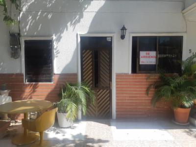 Apartamentos Arriendos  Crespo, apartaestudio