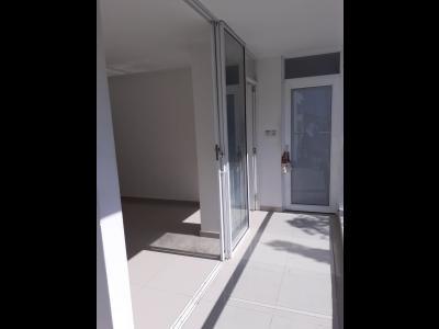Apartamentos Arriendos  La Española, 2 alcobas