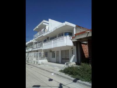 Casas Ventas  Villa Sol, casa dividida