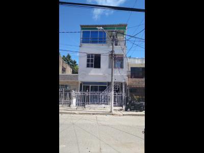 Casas Ventas  Vista Hermosa, 3 pisos